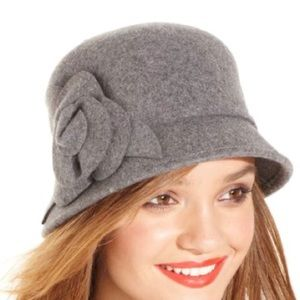 Nine West Wool Cloche Hat With 3D Flower NWT